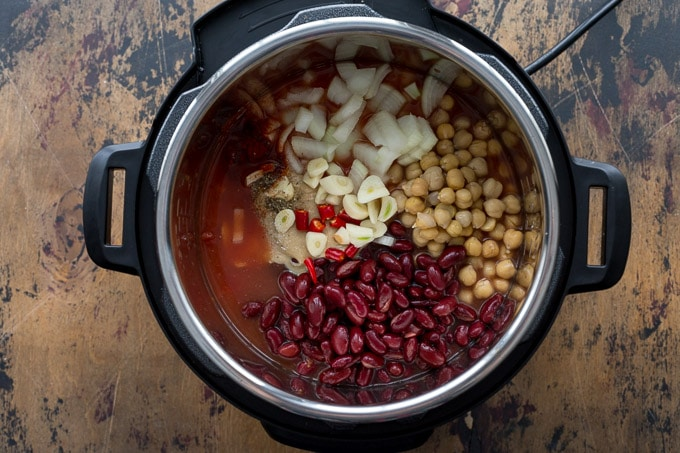 Ingredients to make Tomato Chickpea Soup in the Instant Pot.